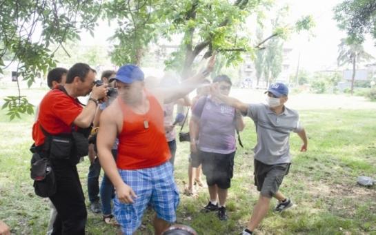 В Киеве есть двойники фанатов ДНР
