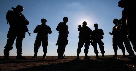 """Повернення українських заручників знаменує початок російської """"миротворчої"""" операції"""