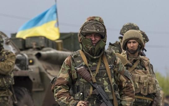 Війна на Донбасі: розраховуємо не на Трампа, а на себе