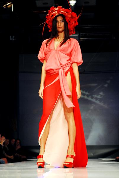 Показ коллекции Юлии Далакян весна-лето - 2009