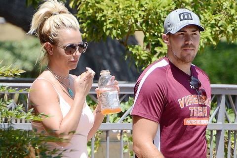Бритни Спирс провела выходной с бойфрендом