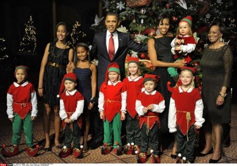 Мишель Обама надела винтажное платье на Рождественский вечер