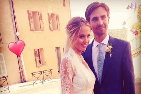 Бывшая девушка принца Гарри вышла замуж