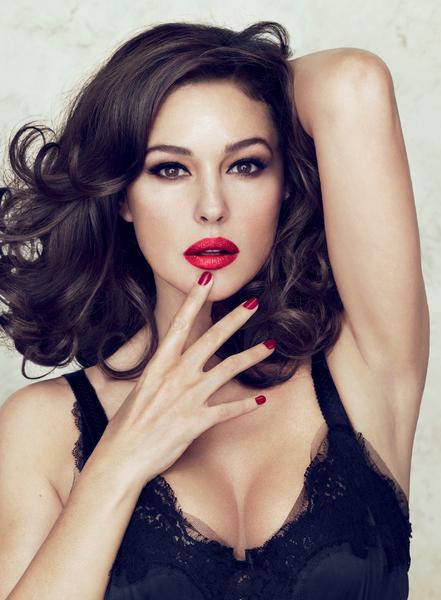 Моника Беллуччи стала лицом косметической линии Dolce & Gabbana
