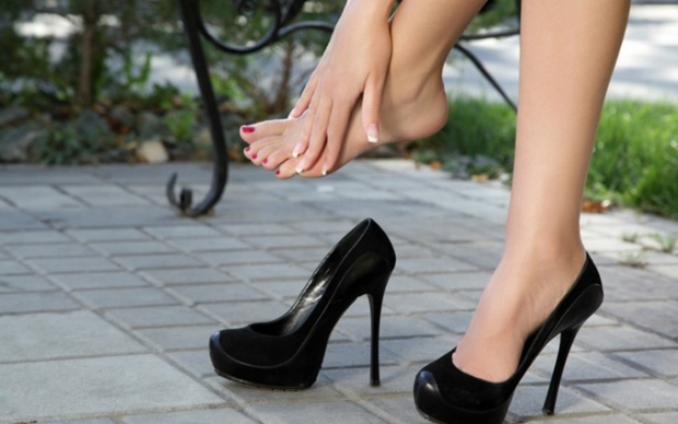 Как носить каблуки, чтобы не болели ноги?