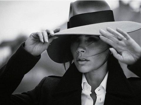 Виктория Бекхэм стала главной героиней журнала Vogue