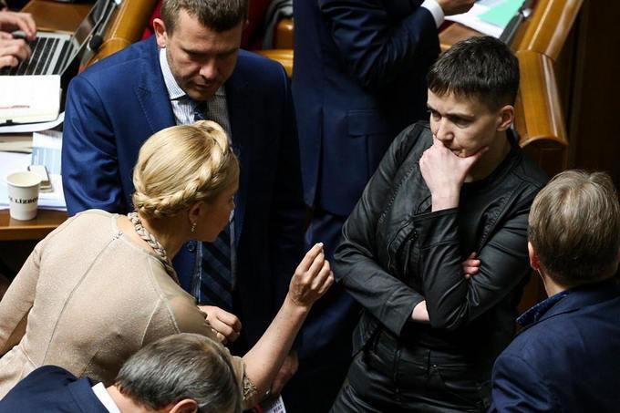 Тимошенко повернулася до звичного іміджу: опубліковані фото (1)