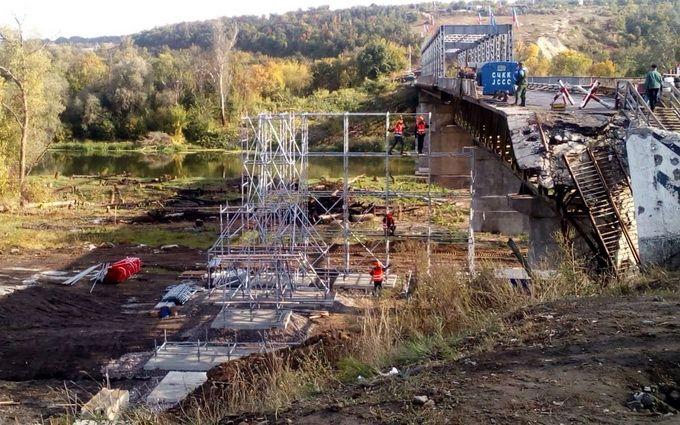 Боевики вновь сорвали реконструкцию моста у Станицы Луганской