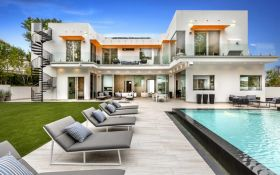 В Лос-Анджелесе выставили на продажу дом, в котором снимали «Ла-ла Лэнд»