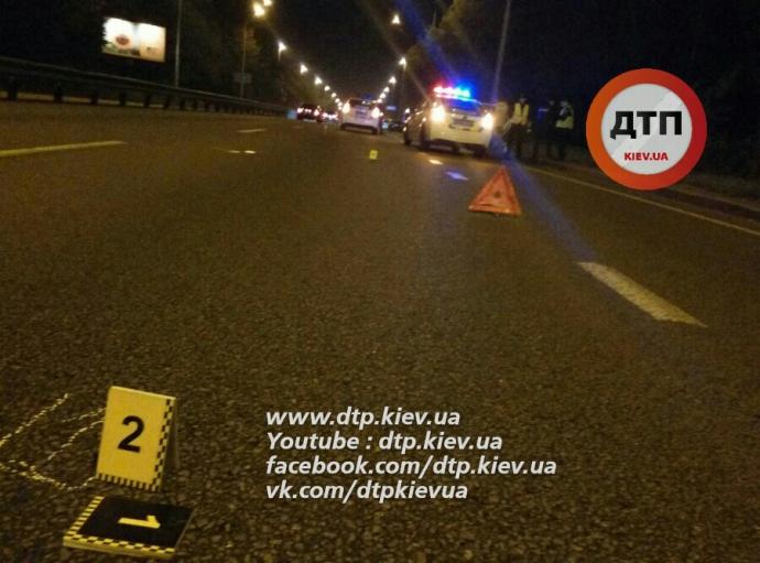 В Києві сталося жахлива смертельна ДТП: з'явилися фото (1)