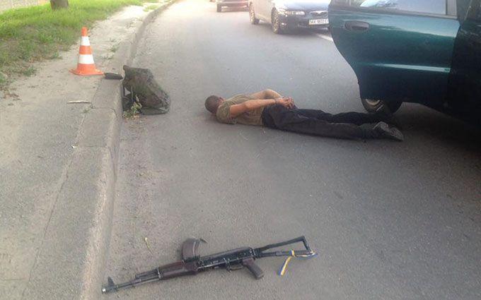 У Харкові неадекватний пасажир таксі влаштував стрілянину: з'явилися фото