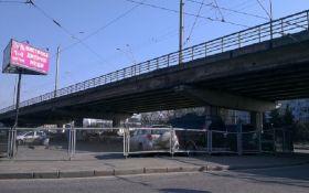 Обвал моста в Киеве: названо еще одно опасное место, появились фото