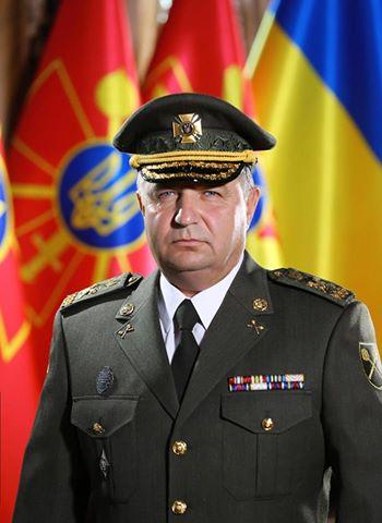У Порошенка показали міністра оборони в новій формі: опубліковано фото (1)