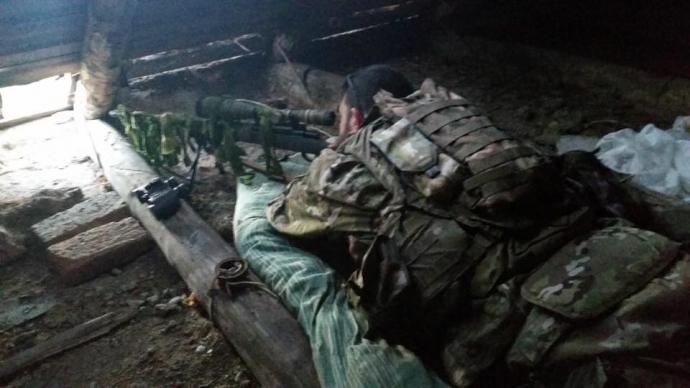 У мережі показали фото американця, який воює з Путіним на Донбасі (1)