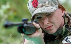 Соратник Яроша объяснил, почему женщины в АТО воюют лучше мужчин