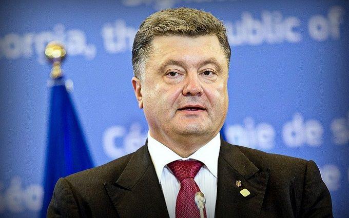 Порошенко розкритикував українські телеканали за мову