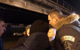 Кличко з місця аварії на Шулявському шляхопроводі: до ранку мають бути висновки експертизи щодо стану мосту