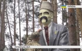 В зоне АТО бойцы креативно декоммунизировали Ленина: опубликовано видео