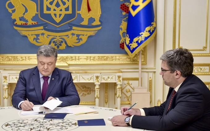 Порошенко підписав ухвалений Радою закон про пенсії
