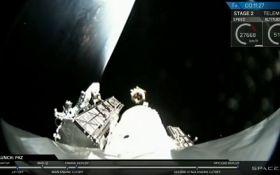 SpaceX успішно запустила в космос супутники глобального інтернету: видовищне відео