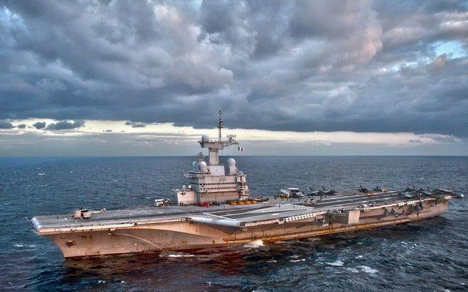 """Франція у війні з ІДІЛ підключила """"надважку артилерію"""""""