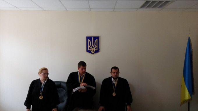 Суд прийняв гучне рішення щодо спірного храму на Донбасі: з'явилися фото