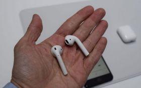 Компанию Apple преследуют неудачи: у жителя США взорвались наушники