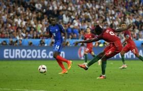 Португалія - Франція 1-0: відео золотого гола Євро-2016