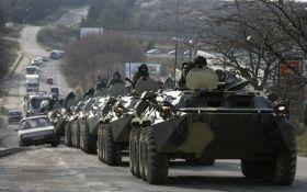 Россия продолжает стягивать в аннексированный Крым военную технику: опубликовано видео