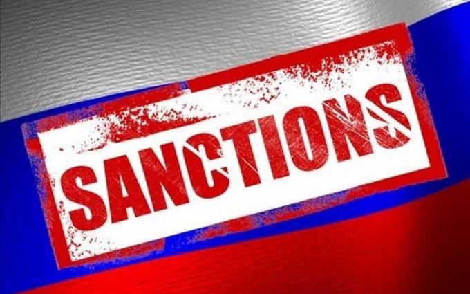 Україна розширила санкції проти Росії: у Гройсмана пояснили деталі
