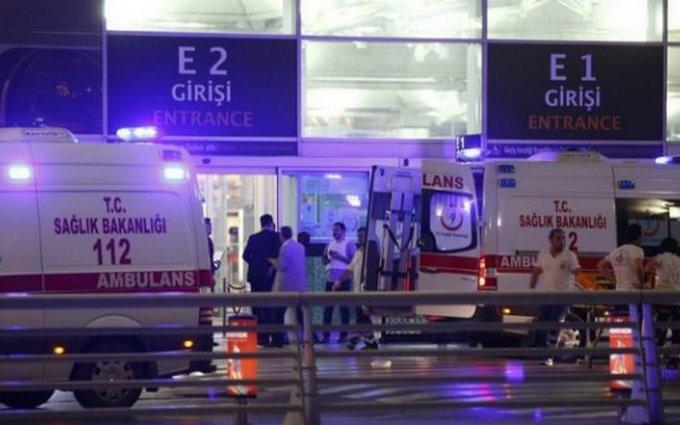 Теракт у Стамбулі: кількість загиблих зросла