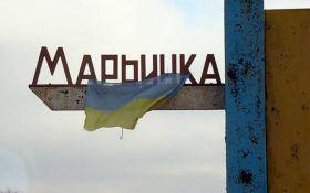 Постраждав цивільний: штаб АТО розповів про обстріл Мар'їнки