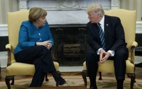 Трамп вмовляє Меркель відмовитись від «Північного потоку-2»: відомі подробиці