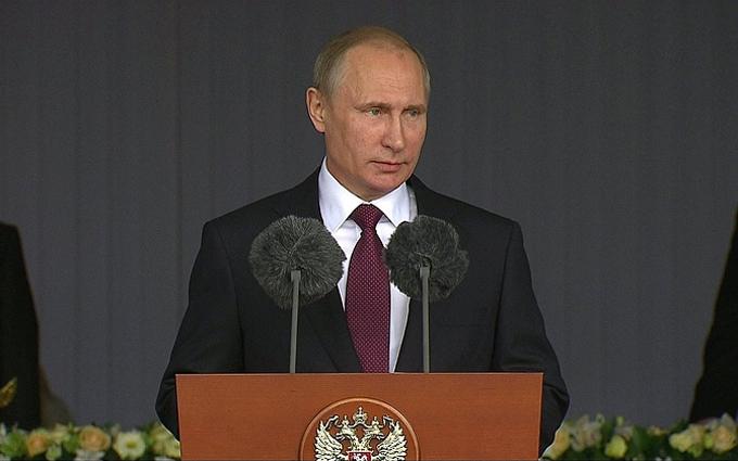 Путін влаштував роздачу нагород російським олігархам