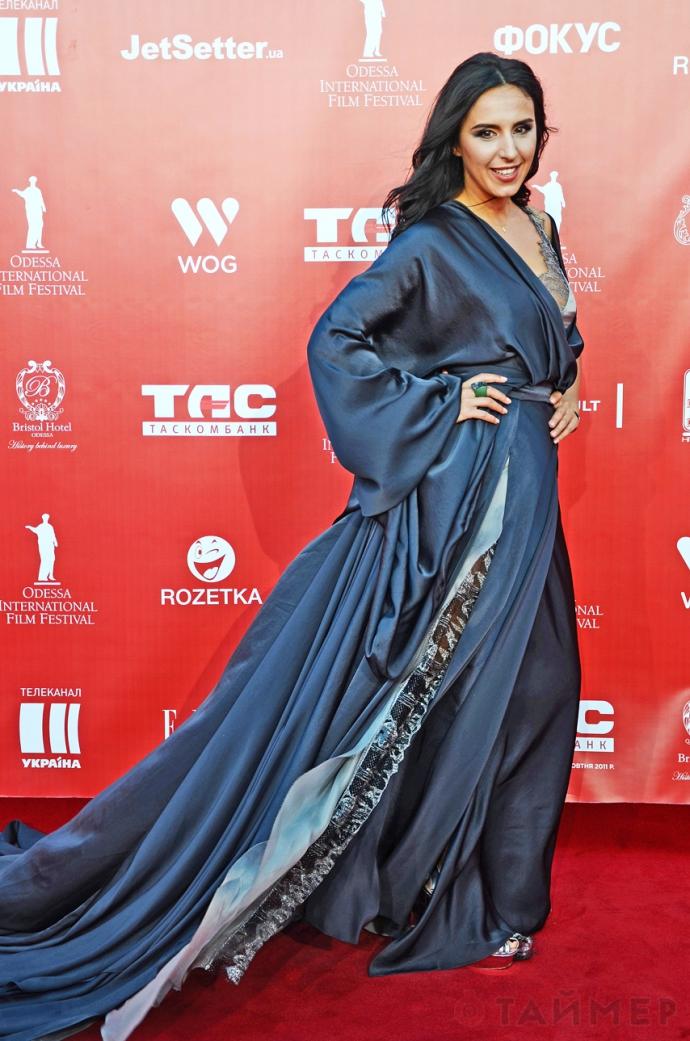 На Одеському кінофестивалі зірки блищали вбранням: опубліковані фото (2)
