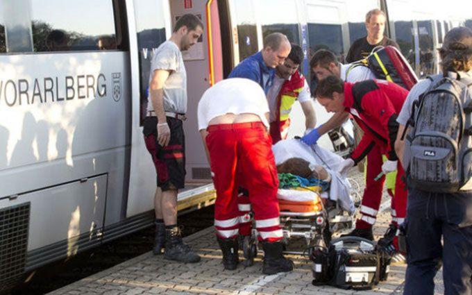Божевільний влаштував різанину в австрійському поїзді: з'явилися фото
