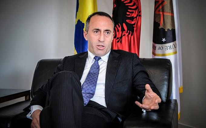 Франция задержала прежнего премьера Косово Харадиная