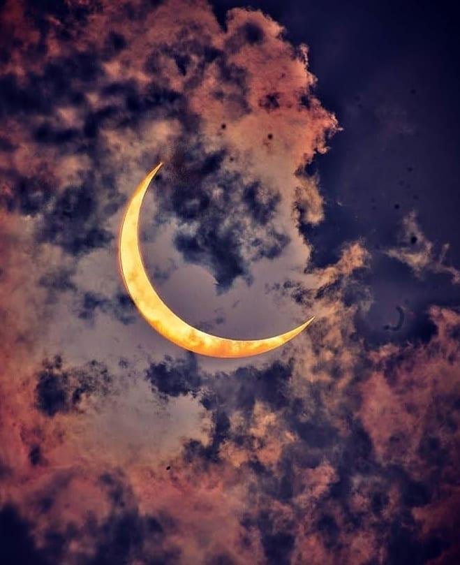 Як пройшло повне сонячне затемнення 2020 року - вражаючі фото вогняного кільця (4)