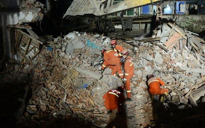 Жертвами страшної трагедії в Китаї стали 22 людини: з'явилося відео