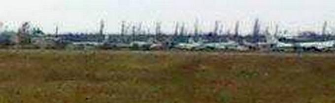 Найманці з Білорусі катаються по Донбасу на російській техніці: опубліковані фото (16)