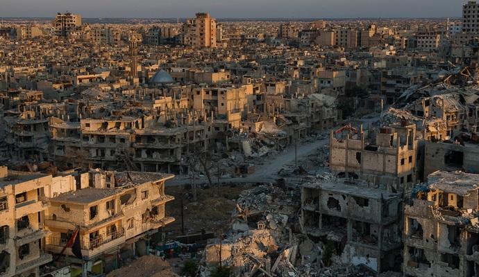 Появилось видео разбомбленного авиацией РФ города Хомс