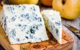 В России хотят штрафовать за французский сыр: соцсети веселятся