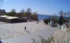 Открытие курортного сезона в оккупированном Крыму: появились фото с пустых улиц и набережных