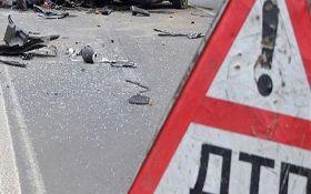 На Львівщині рейсовий автобус потрапив у ДТП, є загиблі: з'явилися фото