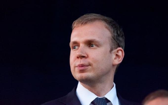 В оккупированном Крыму арестовали счета компании Курченко