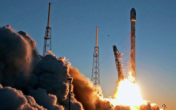 ВКалифорнии стартовала Falcon 9 сисследовательскими зондами испутниками