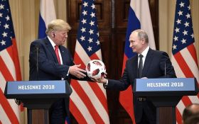 Мяч с чипом: в подарке Путина Трампу нашли странное устройство