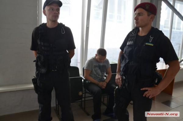 Миколаївський вбивця чотирьох дорожників виговорився в суді: опубліковані фото і відео (1)