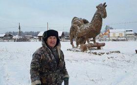 Российские скульптуры из навоза взорвали соцсети: опубликованы фото