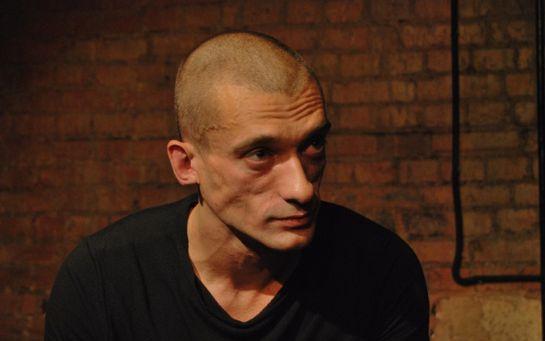 Если Путина сменит Мутин, ничего не изменится, в России нас решили ликвидировать - художник Петр Павленский